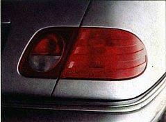 Глазастый Mercedes