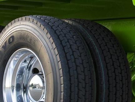 Особенности шин для рулевой оси грузовых автомобилей