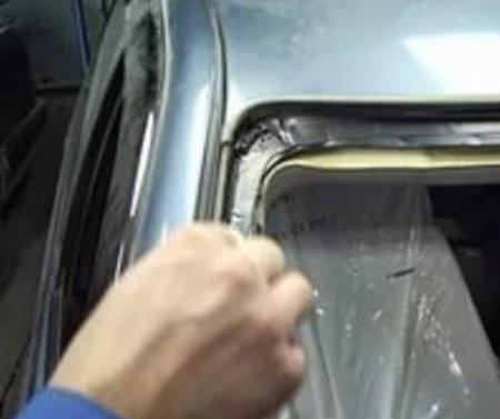 Как самостоятельно выполнить замену лобового стекла?