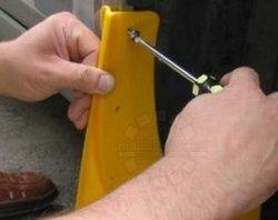 Учимся устанавливать брызговики на авто