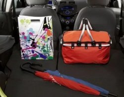 Как безопасно разместить вещи в салоне автомобиля?