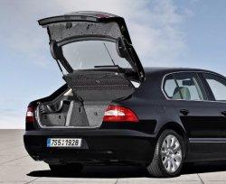 Седан бизнес-класса Skoda Superb. Просторный салон, вместительный багажник и плавный ход