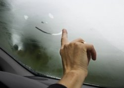 Причины запотевания стекол в автомобиле