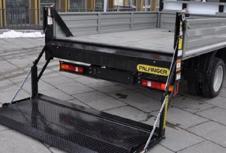 Бортовая платформа – надежный помощник для перевозки грузов