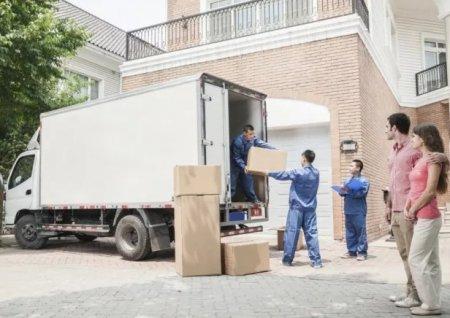 Преимущества услуги грузчиков при квартирном переезде
