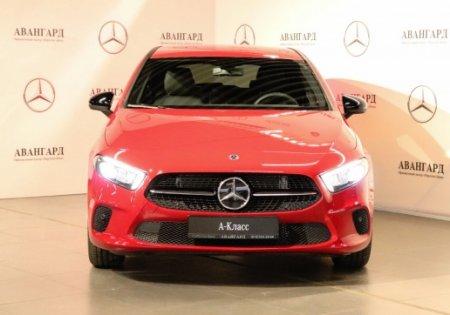 В чем главные преимущества покупки автомобиля Мерседес в салоне?