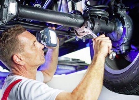 Диагностика и ремонт ходовой части автомобиля Opel